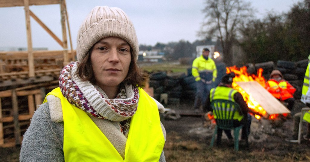 Elsa, gilet jaune protester at the Magny site
