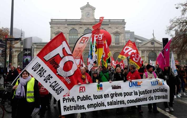 CGT union strikers in Paris, December 5, 2019